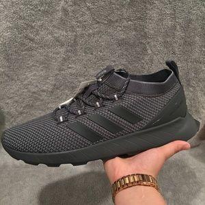 Adidas Questar Rise size 11.5 men